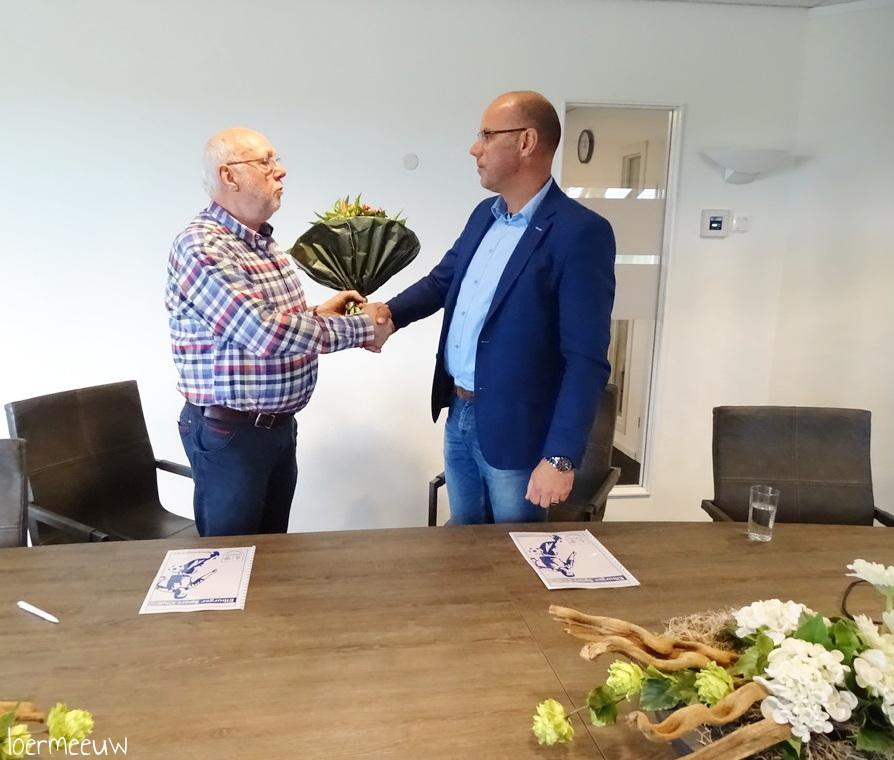 HulstFlier verlengt sponsorcontract ESC met 5 jaar - Elburger SC