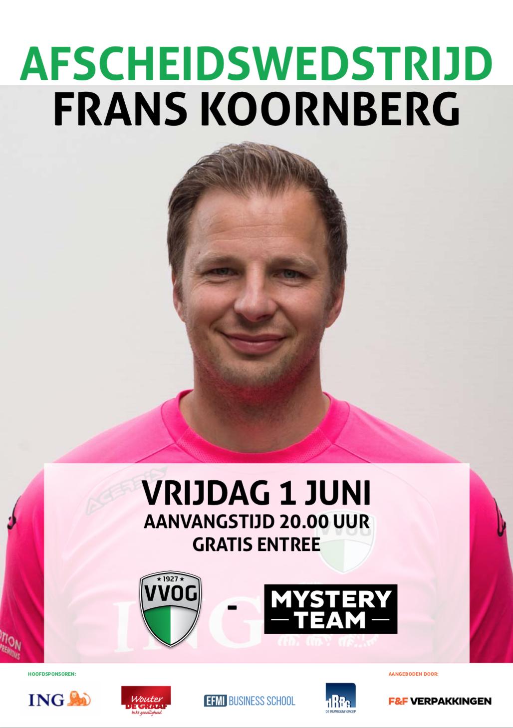 Frans Koornberg krijgt bij VVOG afscheidswedstrijd - Elburger SC
