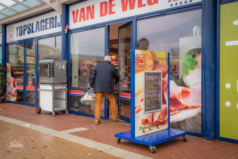 Bordsponsor Topslagerij Van de Weg verlengt bij Elburger SC - Elburger SC