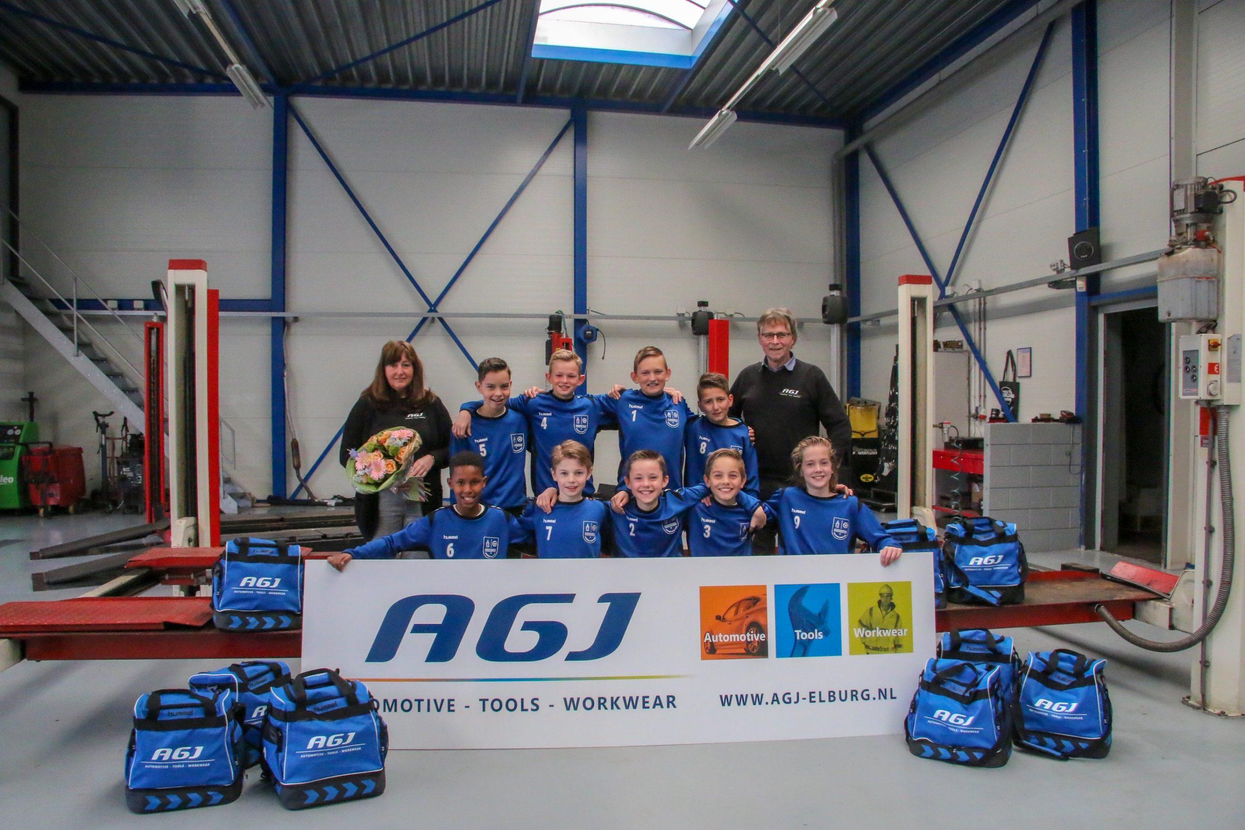 AGJ Elburg sponsor voetbaltassen ESC JO12-1 - Elburger SC
