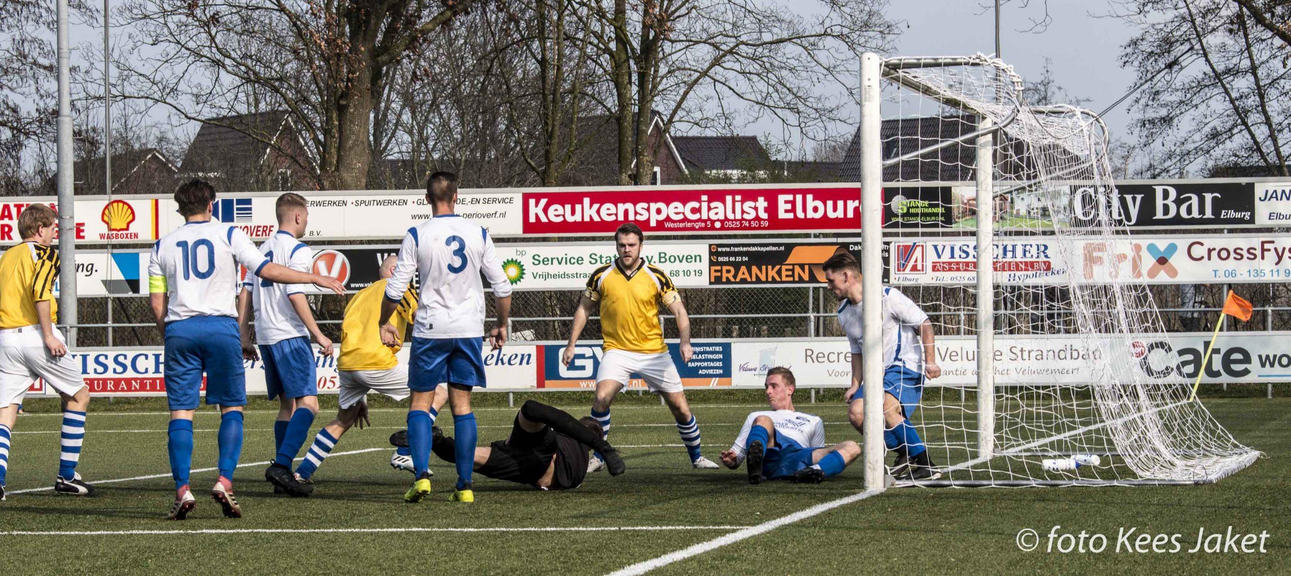 ESC 3 naar de halve finale van de beker - Elburger SC