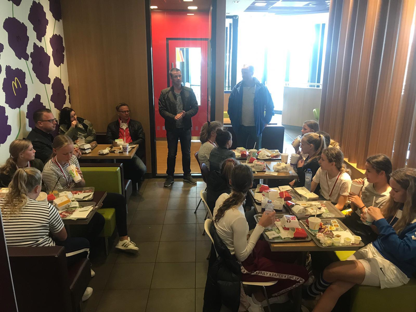 ESC MO13-1 sluit het seizoen af met een 2e prijs - Elburger SC