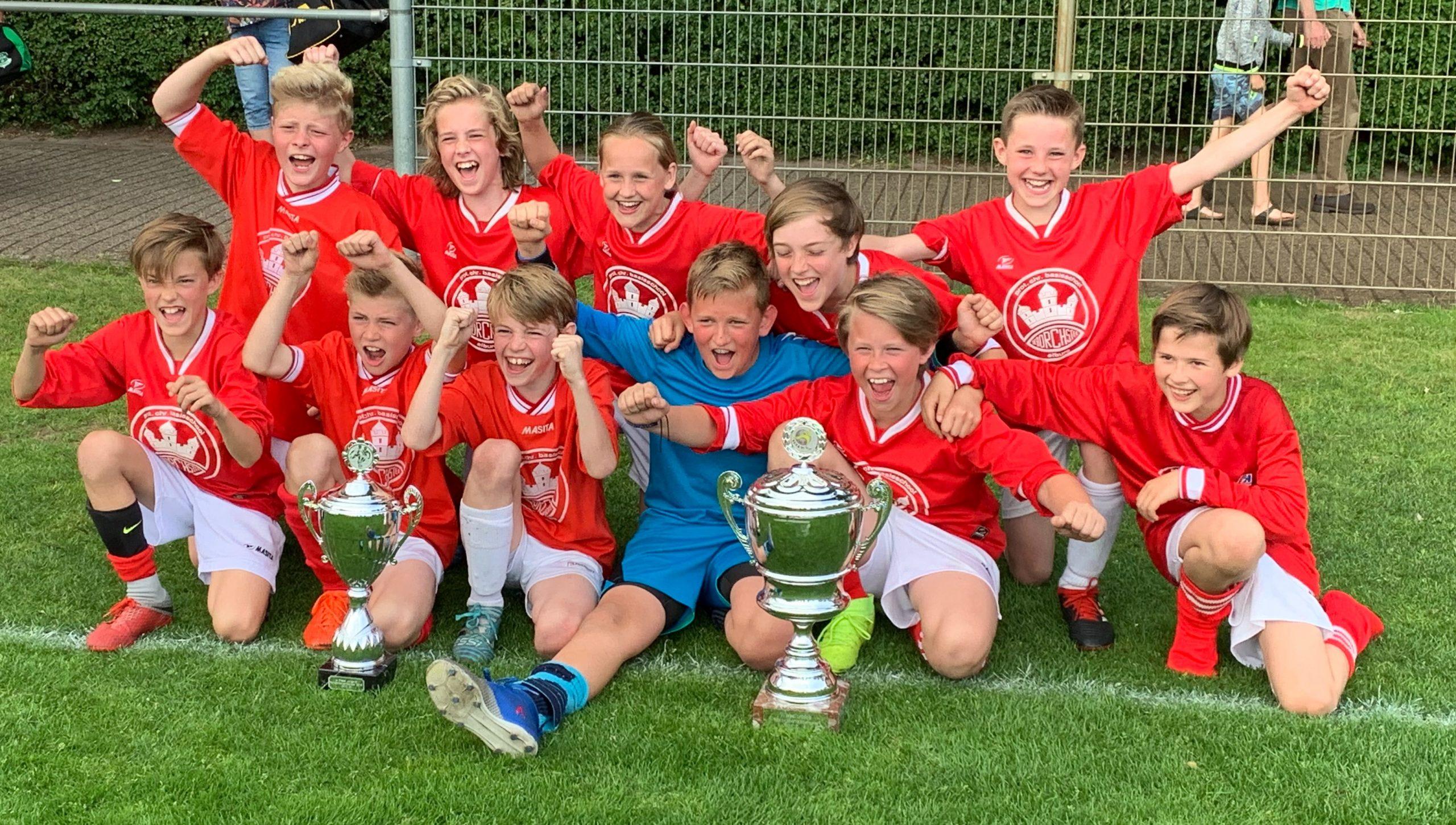 ESC spelers winnen jaarlijkse Rabobank Schoolvoetbaltoernooi in Oosterwolde - Elburger SC