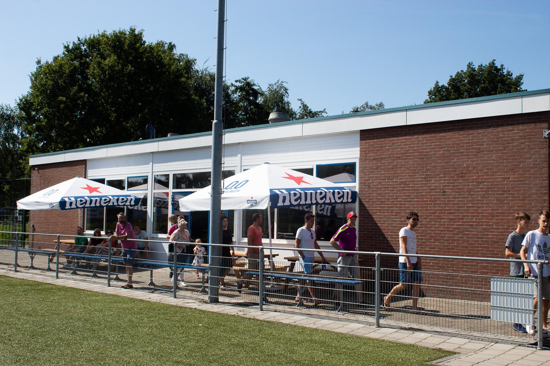 Kantine geopend op donderdagavond - Elburger SC