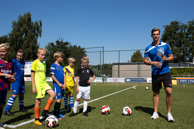 Voetbalschool ESC begint 5 september weer - Elburger SC