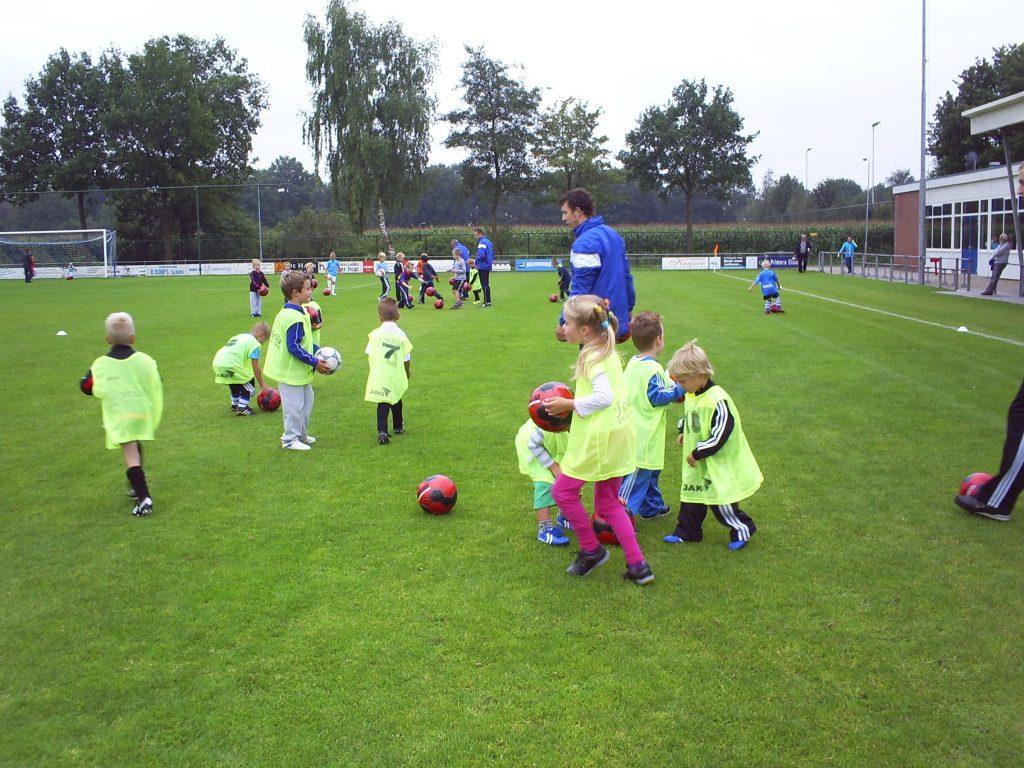 ElburgerSC - Meld je aan voor de voetbalschool