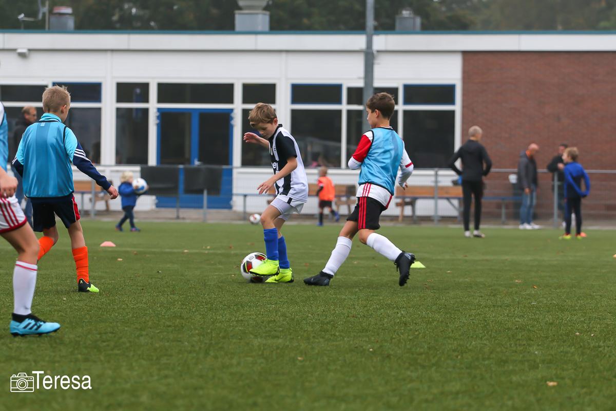 Geslaagd Jeugd Herfsttoernooi georganiseerd door de Supportersvereniging Blauw-Wit - Elburger SC