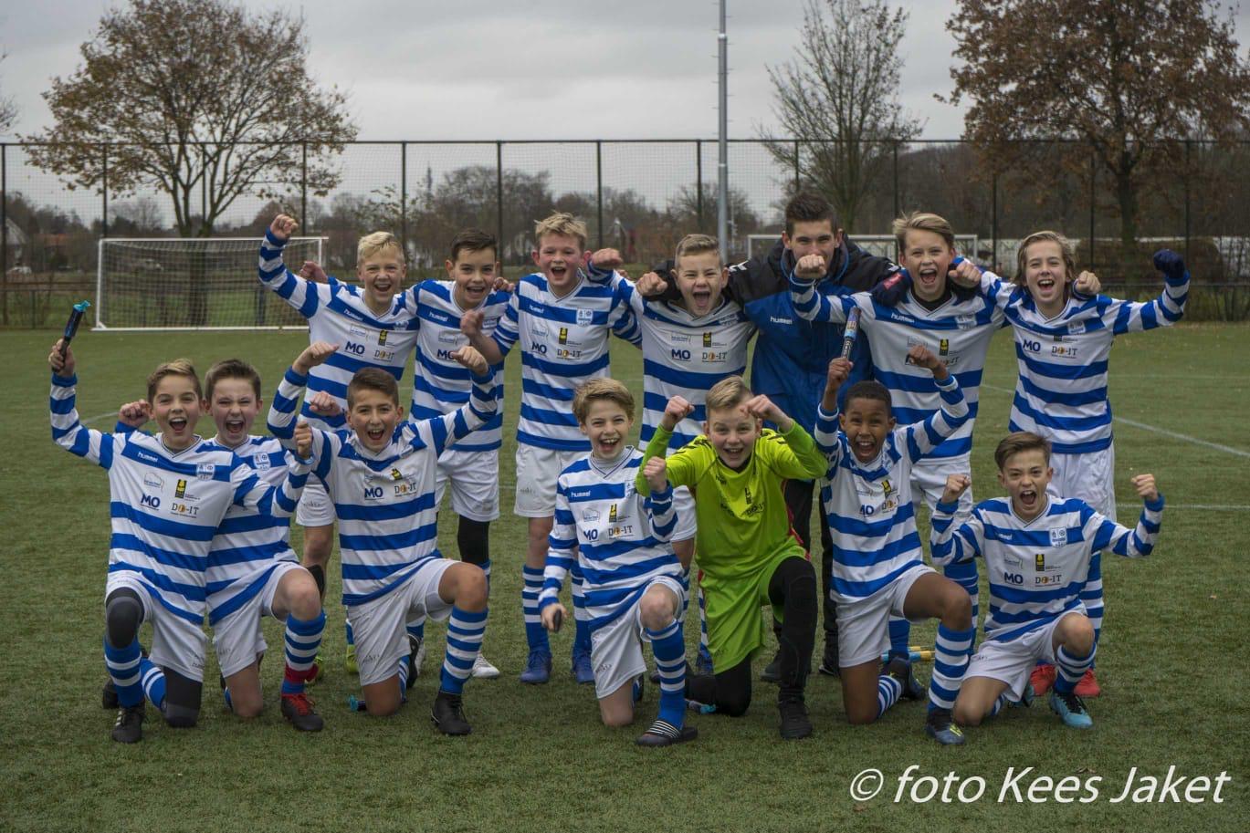 ESC O13-1 kampioen 1e klasse - Elburger SC
