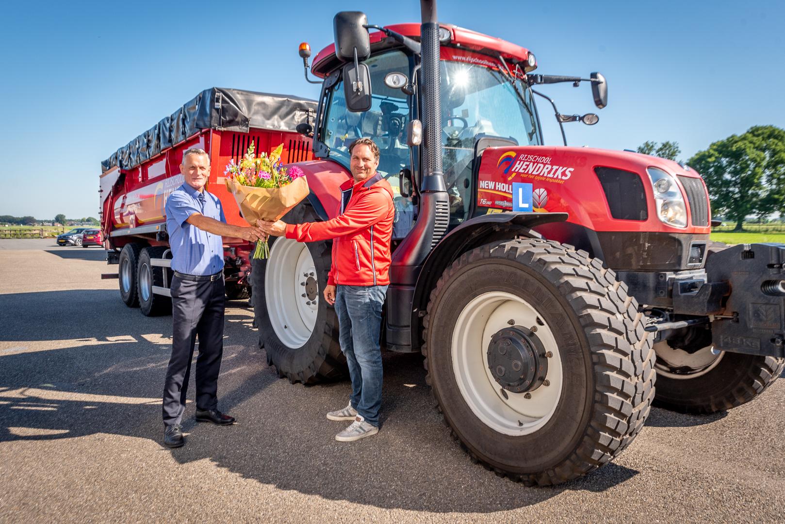 Rijschool Hendriks is nieuwe sponsor Elburger SC - Elburger SC
