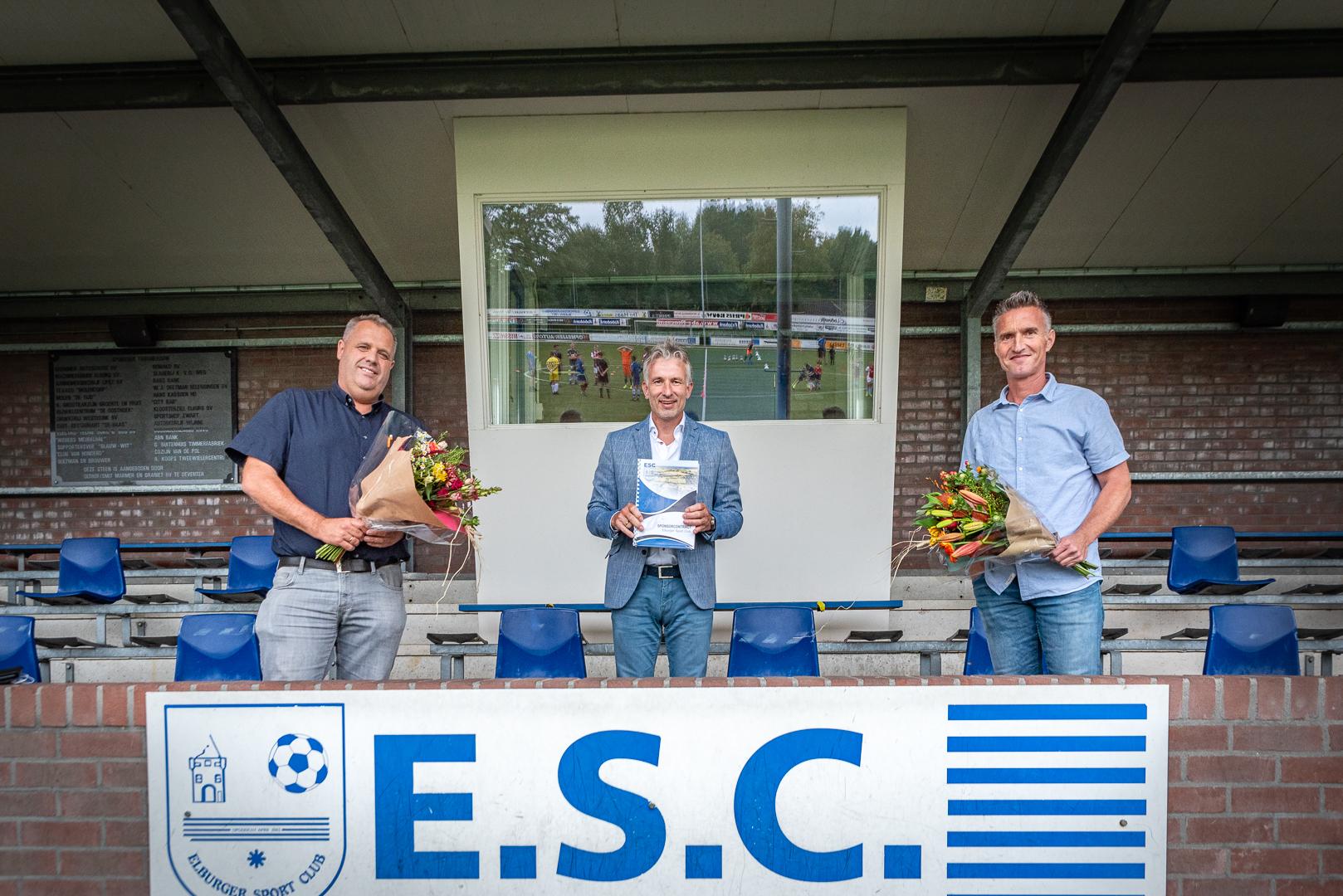 VDH Civiel Projectmanagement en GS Meppel nieuwe kledingsponsoren ESC 8 - Elburger SC