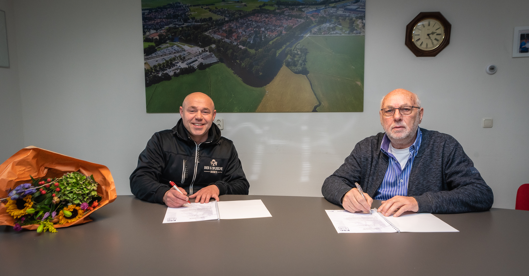 Bassie's Bier- en Spijscafé verlengt als sponsor - Elburger SC