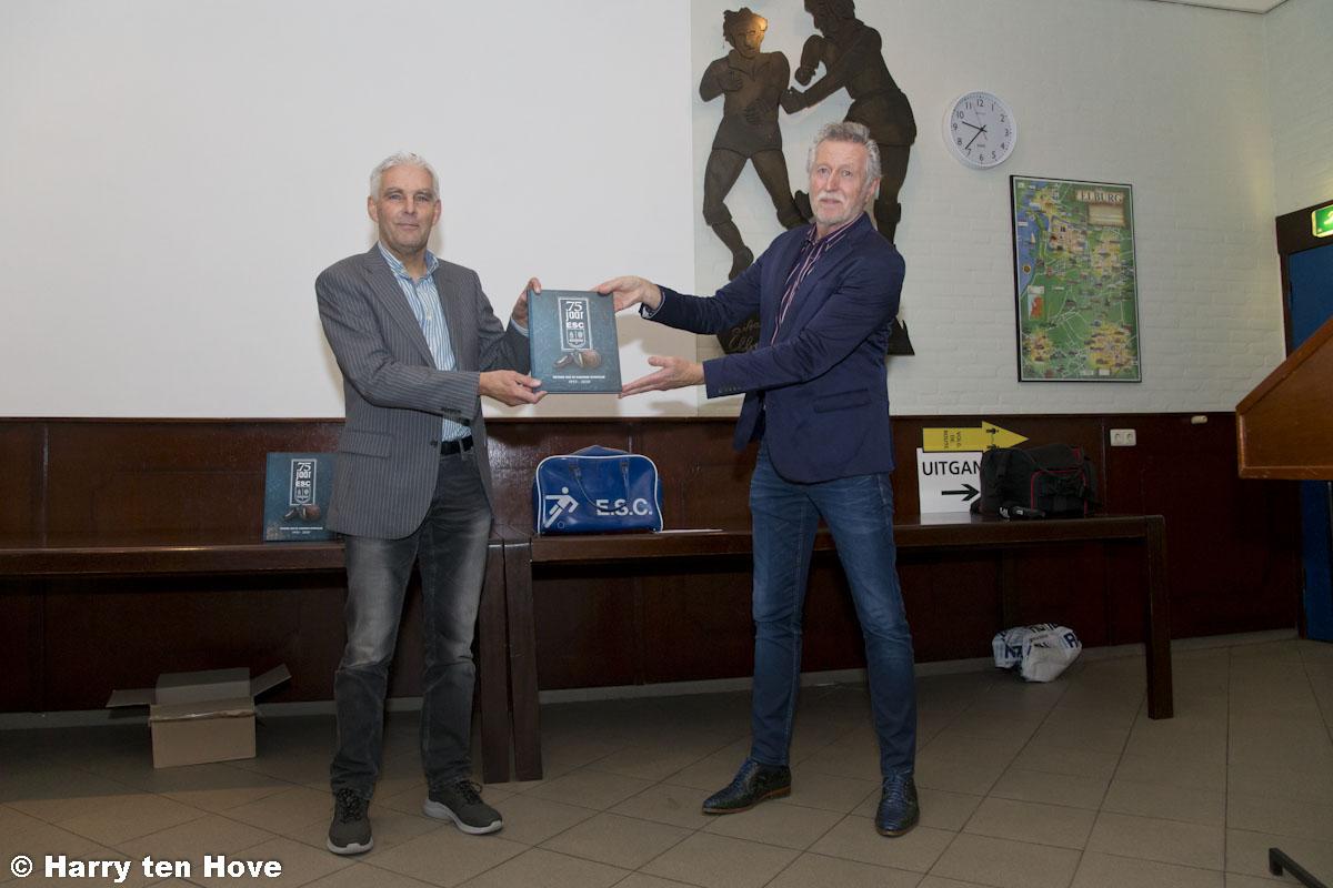 Boekpresentatie jubileumboek Elburger Sportclub 75 jaar - Elburger SC