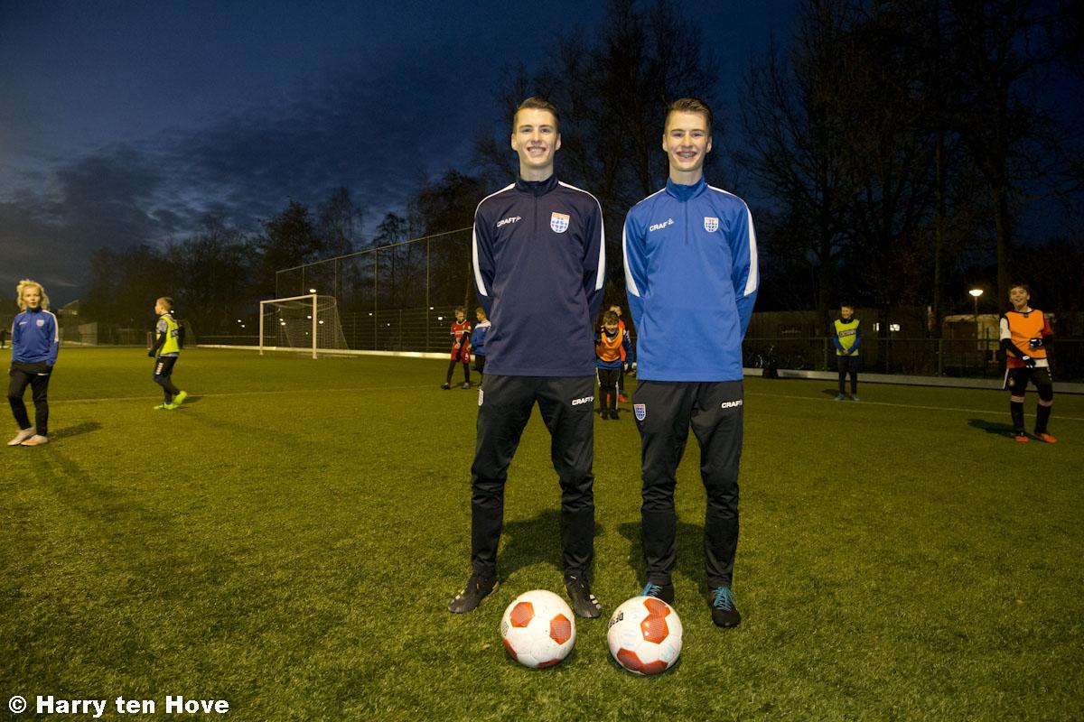 Jarralt en Merijn Boonen komend seizoen trainers JO13-1 - Elburger SC