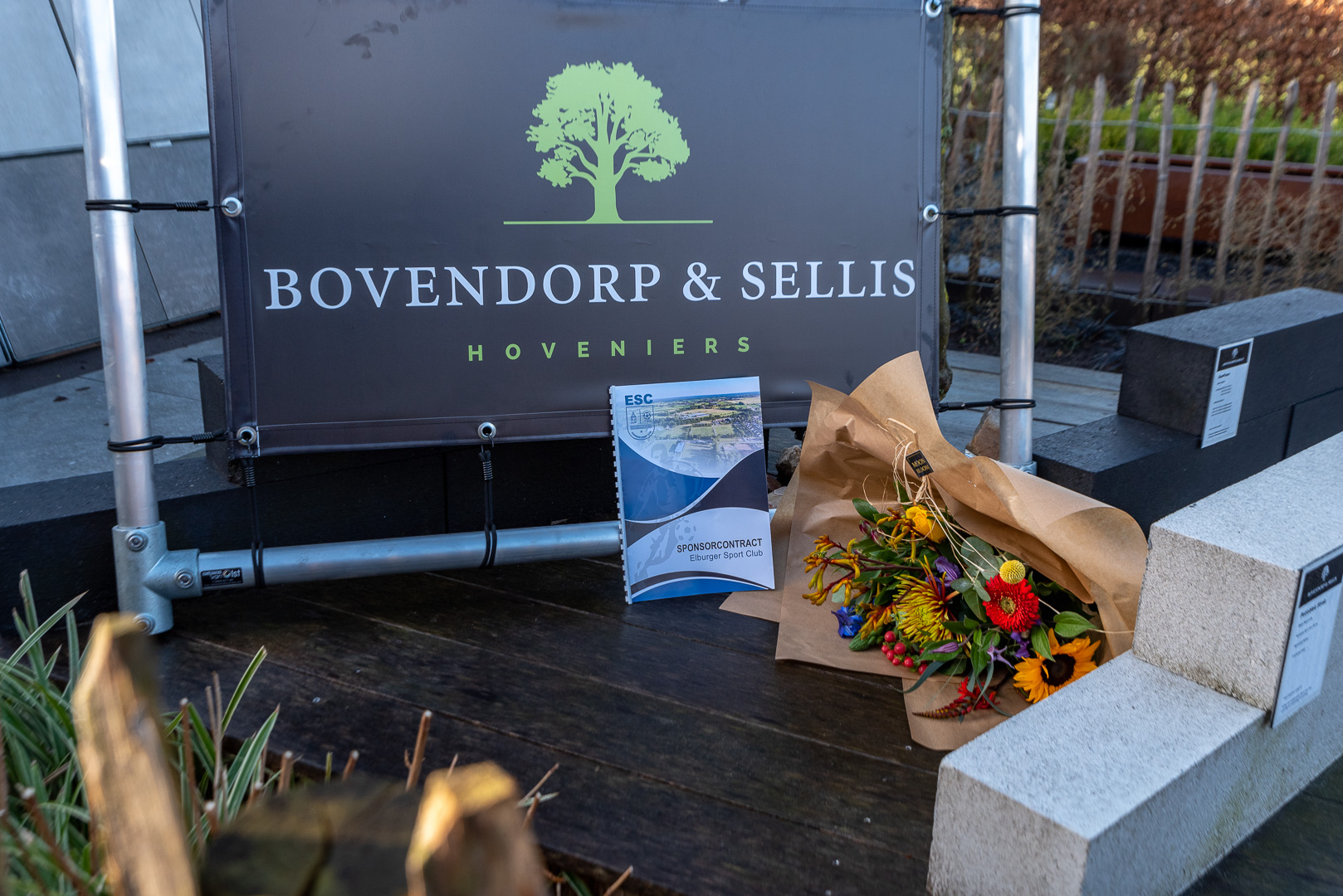 Bovendorp & Sellis Hoveniers nieuwe bronssponsor bij ESC - Elburger SC