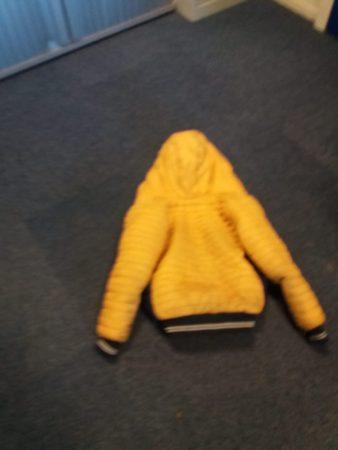 Gele jas gevonden - Elburger SC