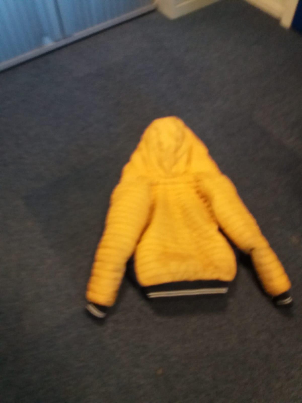 ElburgerSC - Gele jas gevonden