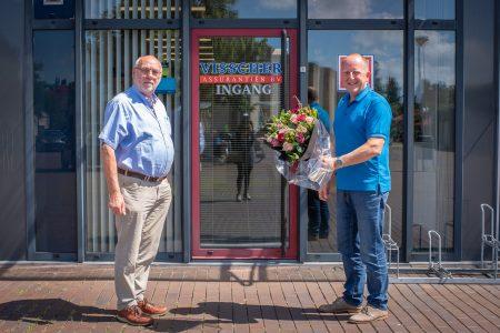Visscher Assurantiën heeft de sponsorovereenkomst met de Elburger Sportclub verlengd met drie jaar - Elburger SC